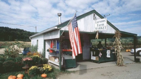 Larson's Farm Stand is Closing